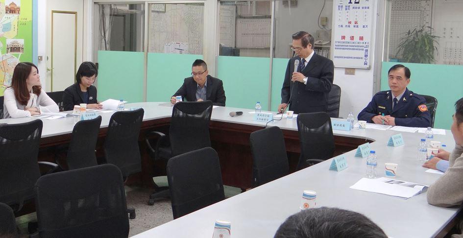 由台南高分检署主任检察官朱坤茂主持,检察官谢锡和,林炎升,洪信旭及图片