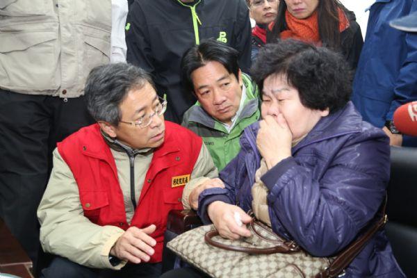 總統、行政院長台南勘災 各界援聲不斷