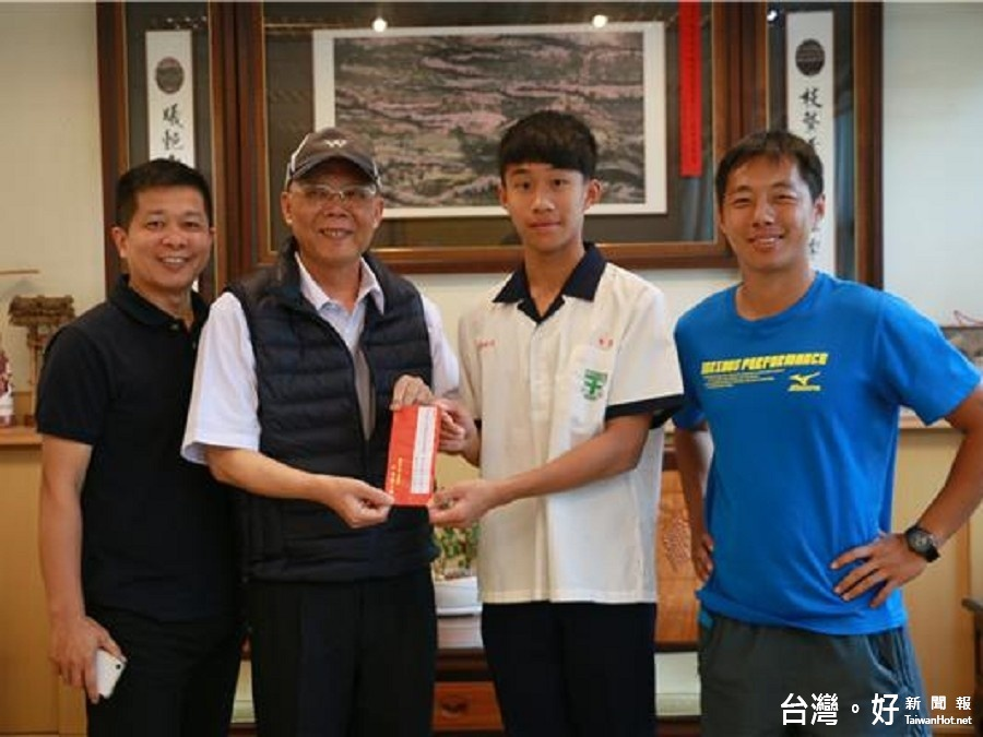 全國青年田徑賽創佳績 田智宣表揚績優運動選手