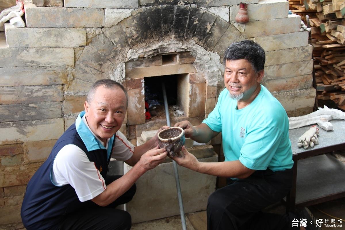 柴燒攝氏1563度 竹南蛇窯創世界紀錄