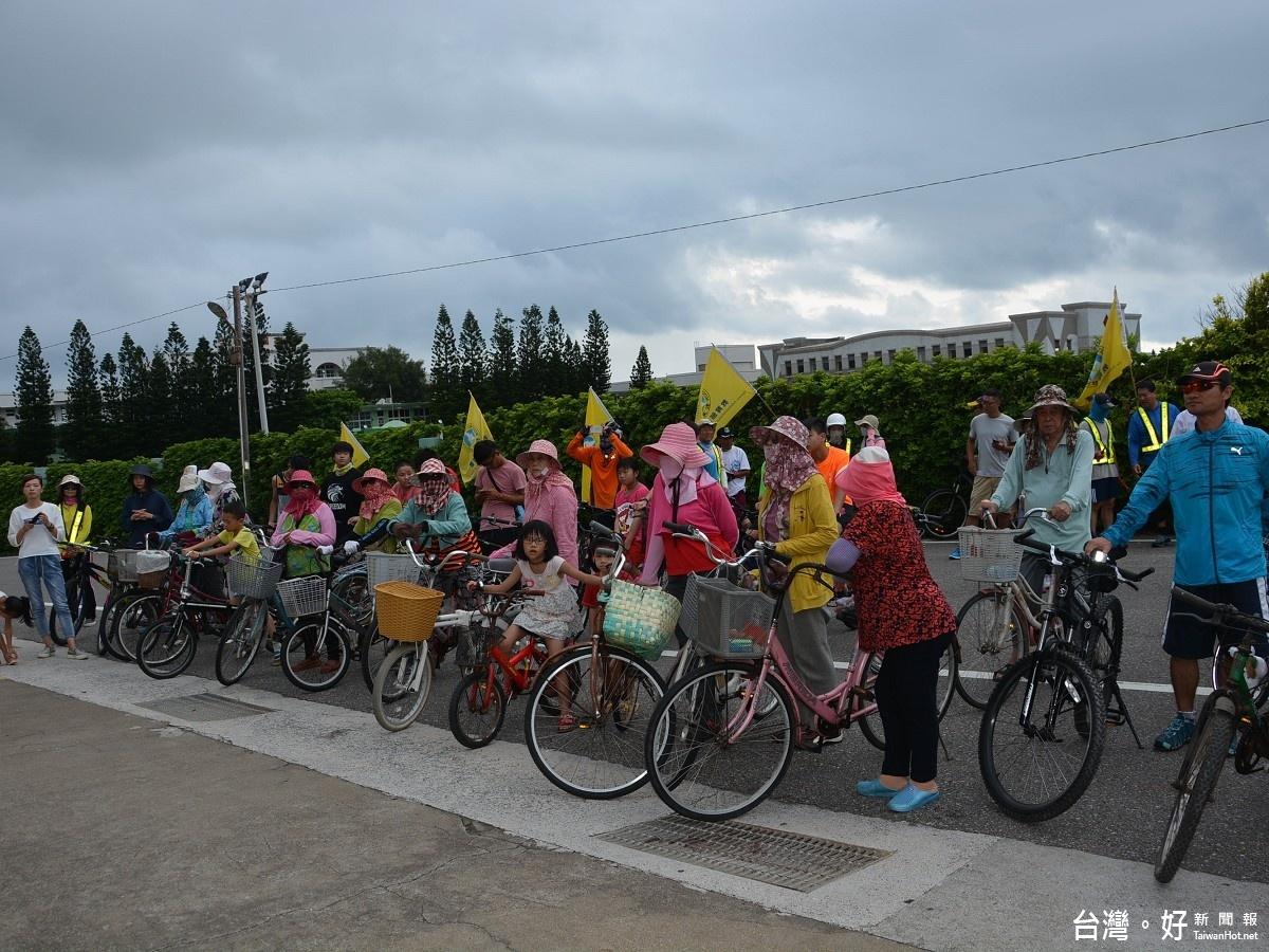 湖西鄉體育會舉辦自行車聯誼 陳光復也到場同樂