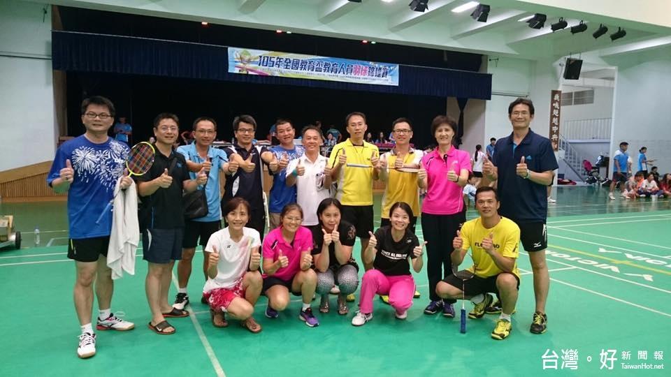 全國教育盃球類錦標賽 雲縣奪羽球賽雙冠軍