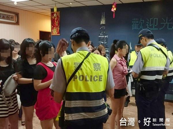 落實暑期青春專案 北港分局擴大臨檢展決心