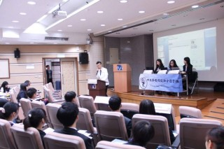 陳家濬局長期許學生學會蒐集資料,並勇敢成為國家的國際發言人。