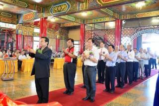 彰化各界慶祝大佛啟建55週年 蘇嘉全贈牌匾祝賀