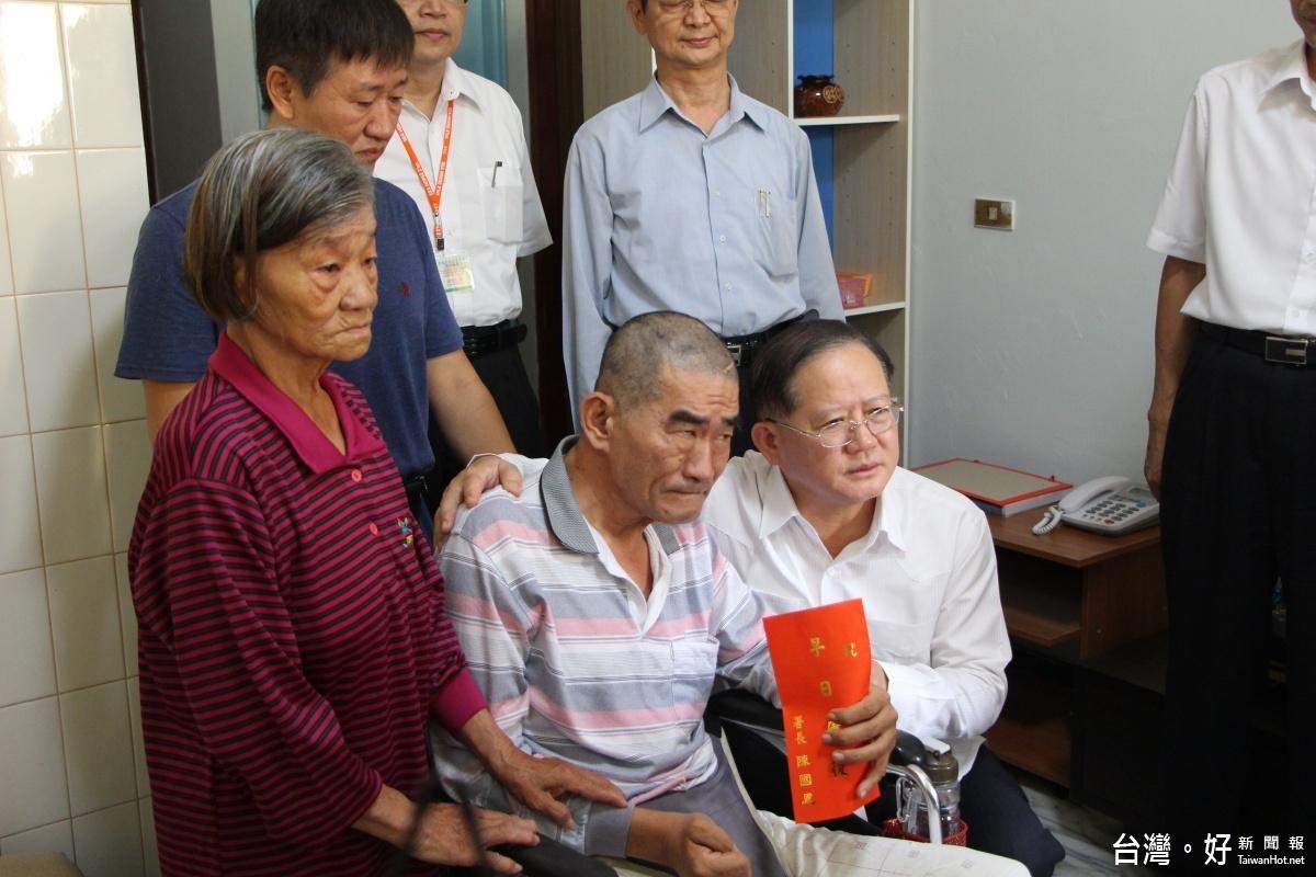 警政署照護基金正式啟動 署長陳國恩親訪慰問癱瘓警