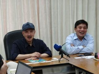 民進黨部新任主委余天,29日首度邀新北媒體記者於黨部親自與媒體茶敘對話。(圖/記者黃村杉攝)