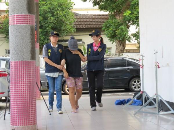 楊梅警方偵破廚餘桶男嬰屍案,將外勞雅妮依刑法274母殺嬰罪移地檢署。