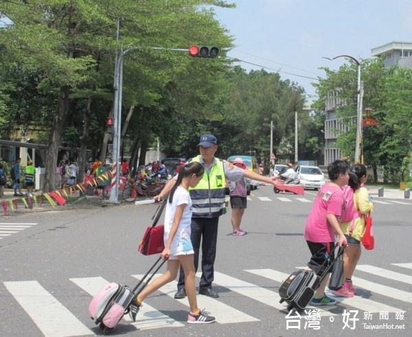 保障學童用路安全 北港分局加強執行上下課時段交通維護