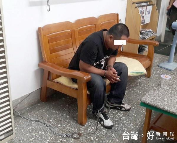 壯漢搶皮包 北港警民聯手逮人