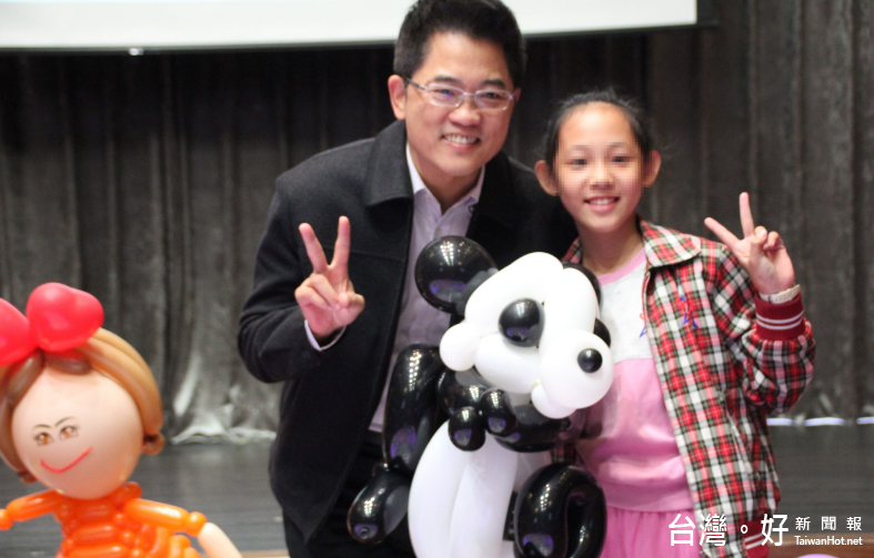 台東特教生才藝表演 黃健庭現身為「慢飛天使」打氣