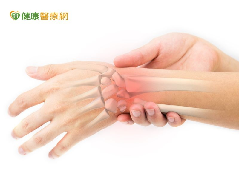 手腕痠痛微創手術可改善| 台灣好...