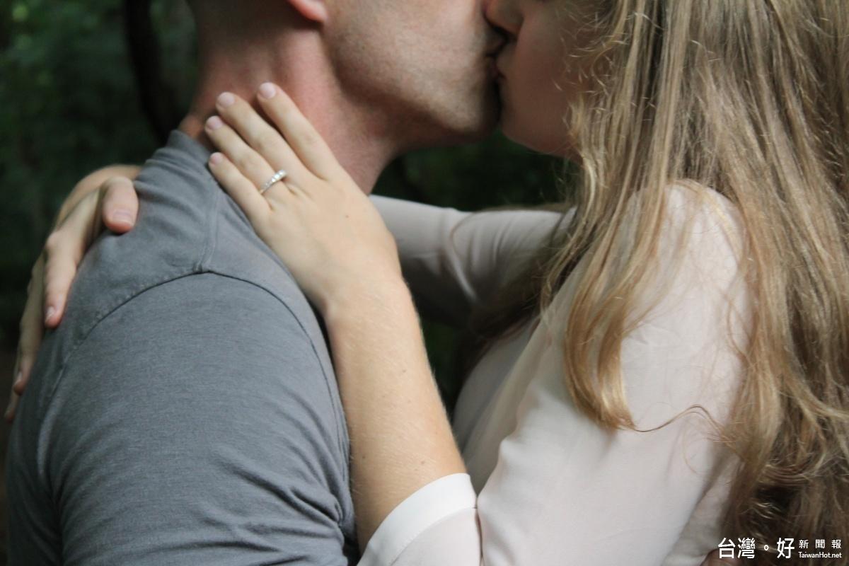 加拿大研究:常「愛愛」的女性 記憶力更好