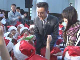 感恩季活動開跑 為貧童募集禮物