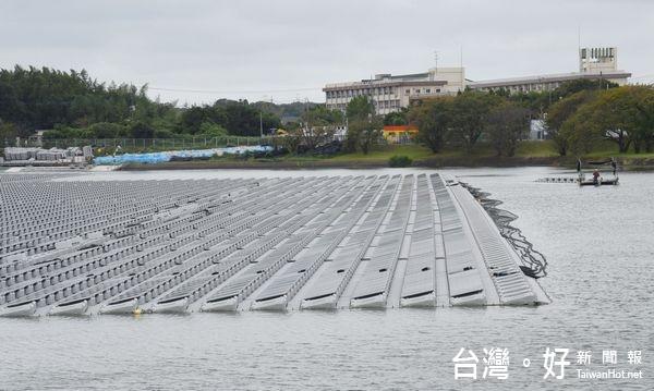 打造綠能首都 雲縣推滯洪池浮動式太陽能發電