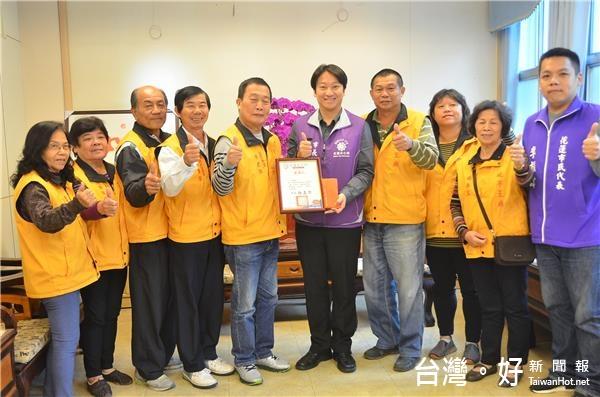 助弱勢家庭過好年 延平王廟管委會捐贈愛心年菜