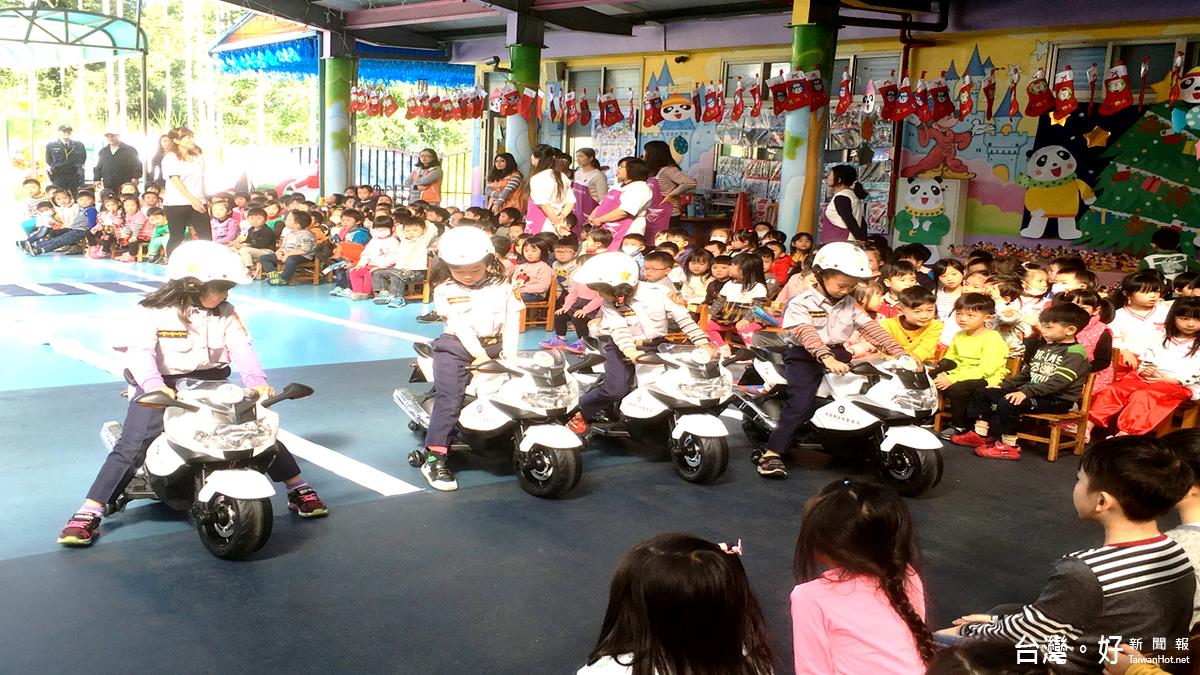 竹山分局小小警察體驗營 小劇場表演寓教於樂