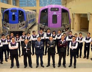 桃園捷運公司的機場捷運工作團隊在董事長劉坤億領導下起航(圖/資料照片)