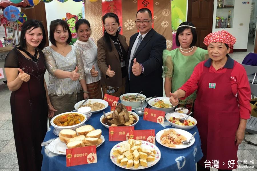 體驗異國年節氣氛 十餘國住民學生製作拿手年菜