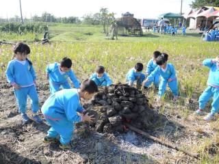體驗傳統農家焢窯 明道附設幼童舉辦「寶貝田野體驗營」