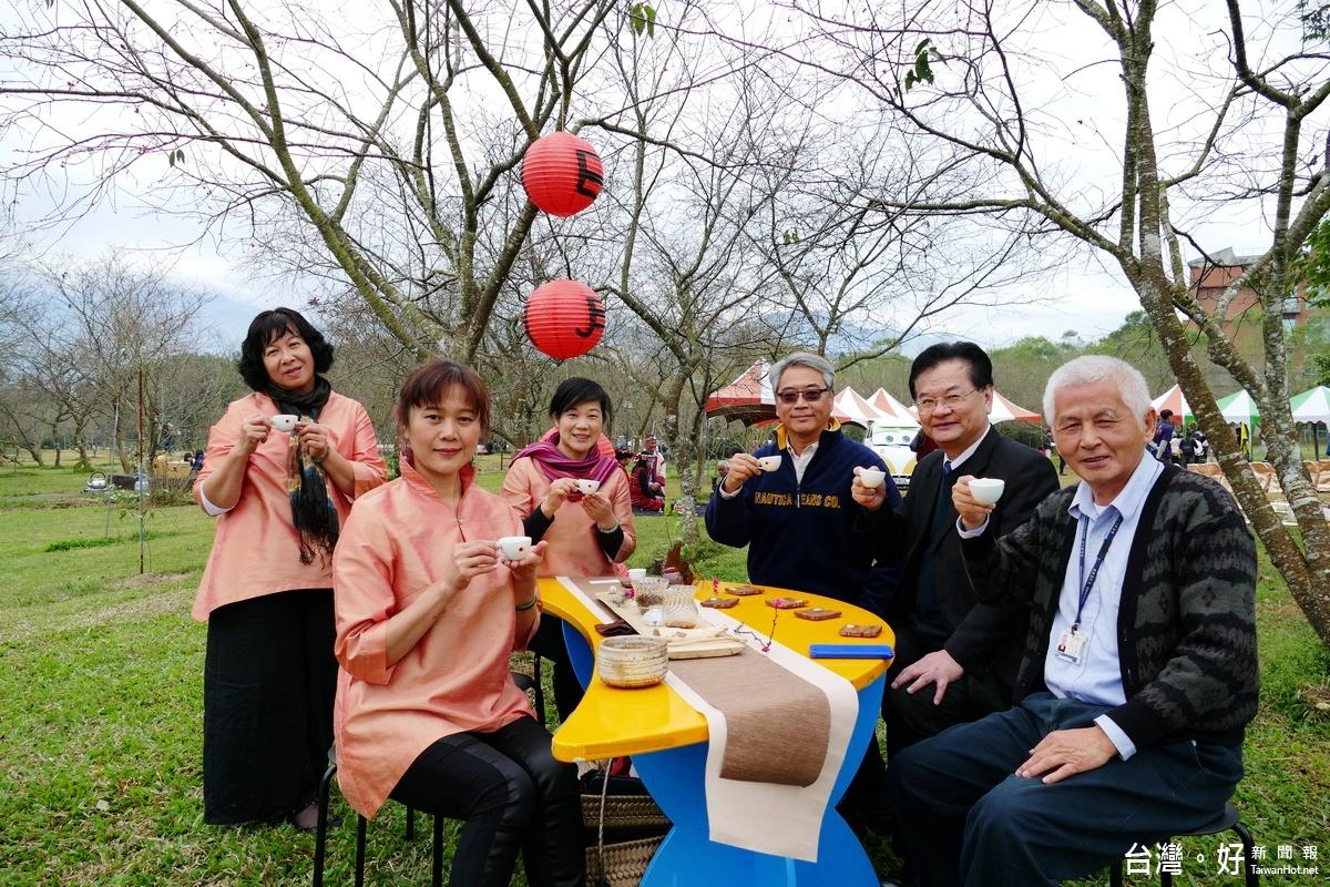 日月潭暨大賞櫻季 茶道、野餐、聆樂浪漫體驗