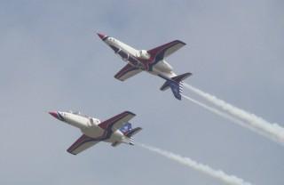 中科院表示T-5藍鵲教練機預計2020年執行首飛,並預定2026年全數交機66架,無縫接軌補上現役AT-3高教機及F-5E/F部訓機退役空缺。(圖/Wikipedia)