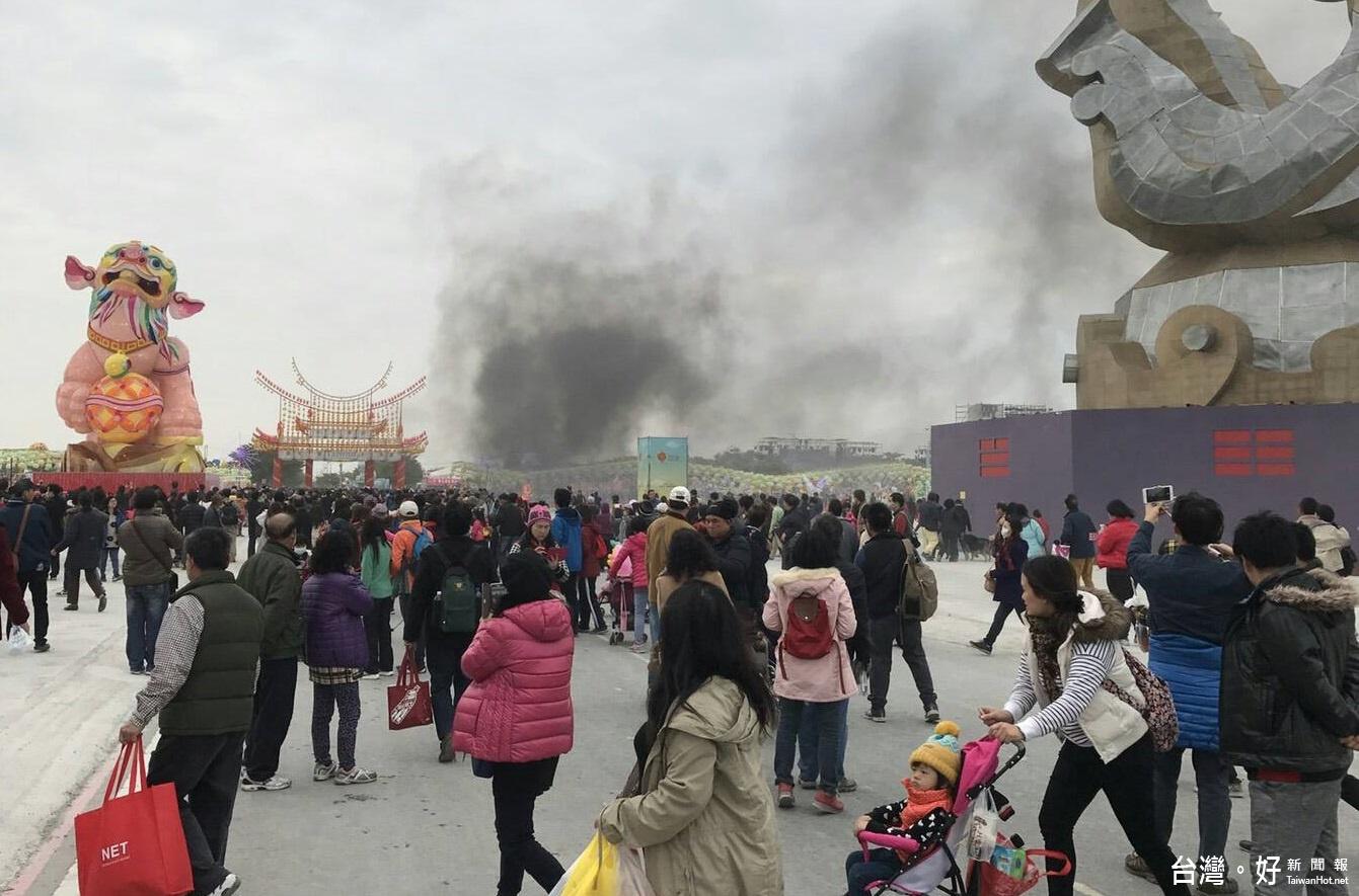 2017台灣燈會/虎尾燈區「燈王」燒毀 疑靜電效應漏電起火