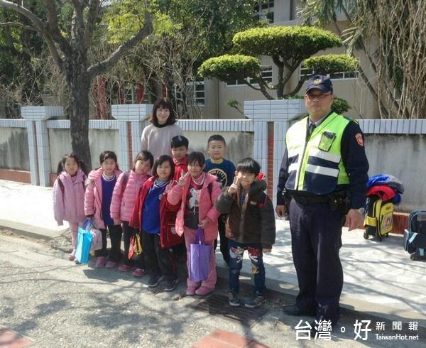 寒假結束開學囉! 北港警啟動護童專案加強校安