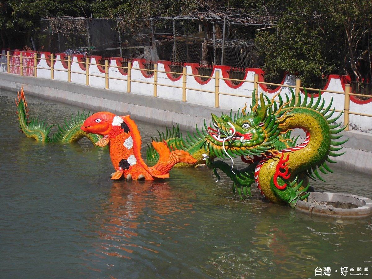 背後有古老風水傳說 集集大眾爺廟鯉魚池景點夯