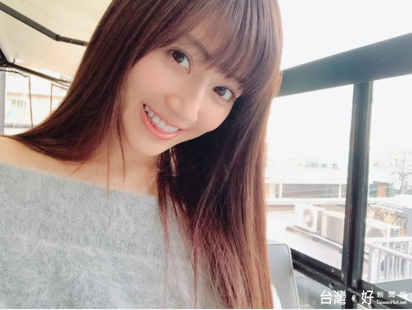 日名模代言手遊「空降」台灣 甜美電力萌翻網友