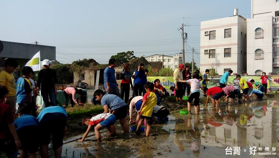 農村學校的傳統文化 東榮國小無毒開心農場