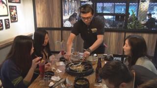 超長起司拉絲豬肋排 韓國人氣美食登台