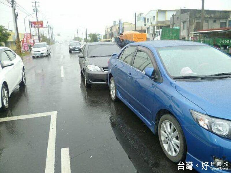 男子疲勞駕駛又酒駕 停等紅燈睡著追撞前車