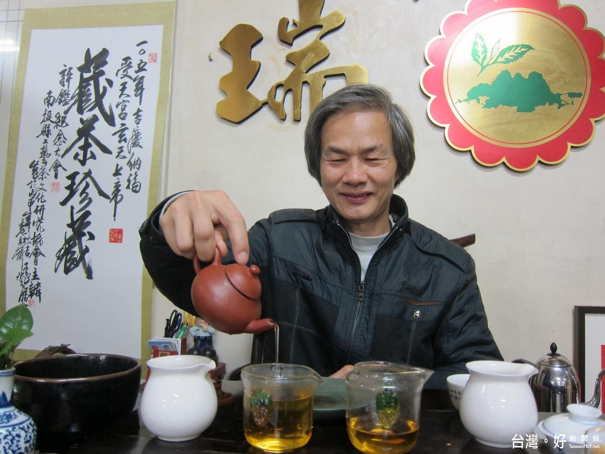 茶是老的好老的香醇 陳錦昌30年珍藏老茶經驗分享