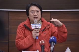 市長林右昌在市務會議中聽取相關單位的專案報告,要求從嚴查核、確實演練。(圖/基隆市政府提供)
