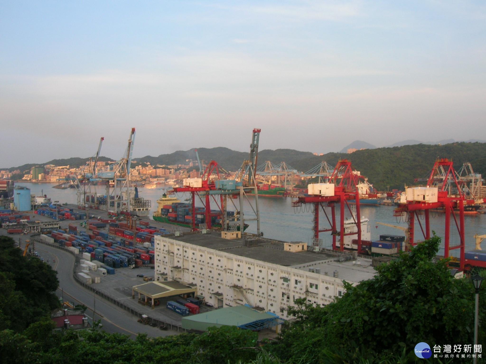 捷運進基隆!蔡英文宣布80億打造南港到基隆輕軌