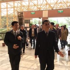 台中地檢署檢察長張宏謀率領36位檢察官在環保局長白智榮陪同下,參觀文山焚化廠。