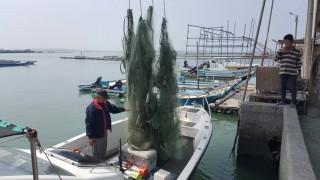 嘉義縣政府農業處清除布袋人工魚礁覆網93公斤,恢復沿近海域礁區聚魚效益
