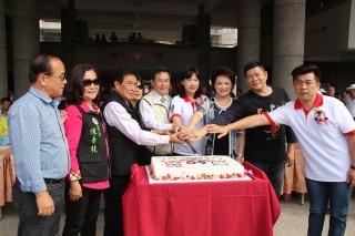 宣信國小歡慶60年校慶 活動中心無障礙電梯啟用