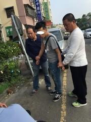 南投分局破詐騙集團逮住二名車手送辦。