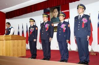 縣警局昨天舉行竹南等四分局長交接典禮。(記者許素蘭/攝)