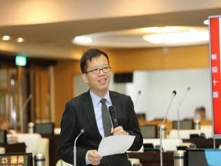 為古都注活水,南市議員呂維胤建議設「青年事務委員會」。