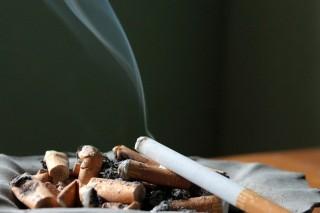 財政部報請行政院核定自6月12日起,施行「菸酒稅法第7條、第20條及第20條之1條文修正案」,因此最快從6月12日起,每包菸的菸稅將會調漲新台幣20元,民眾最快到6月下旬,就會在市面上買到漲價的菸品。(圖/Pixabay)