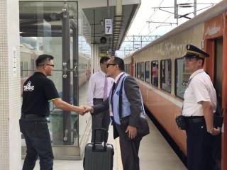 觀光希望列車開通,遊客到台東玩更輕鬆。(台東縣政府觀光旅遊處提供)