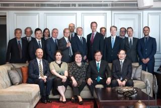 歐盟會員國駐台代表與鄭市長王副市長合照。
