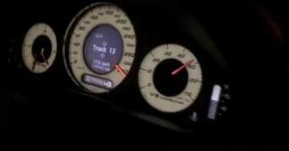 國道「尬」車飆速竟比高鐵還快 怒罵320還被超車