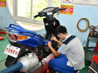 新北市首創全國推出「役前職能教育訓練計畫」。(圖/民政局提供)