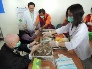 彰化醫院推出四合一健康粽 取代傳統全糯米包覆粽