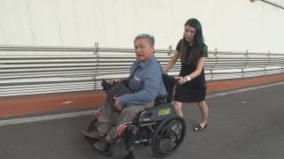 市民地下停車場有障礙 輪椅族與車爭道