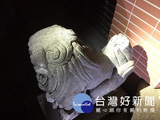 李承龍斬「八田頭」又毀「石狛犬」 柯P下令嚴辦(圖/北市教育局提供)